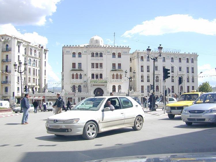 البوم صور لمدينة الجسور المعلقة الله يبارك عليها Hotel_cirta1