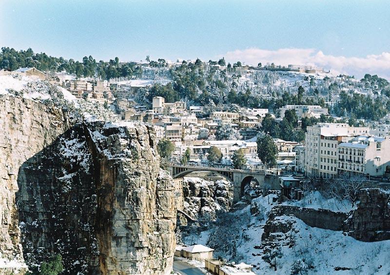 البوم صور لمدينة الجسور المعلقة الله يبارك عليها El_Kantara