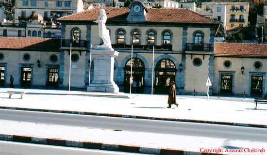 البوم صور لمدينة الجسور المعلقة الله يبارك عليها Facadegare02